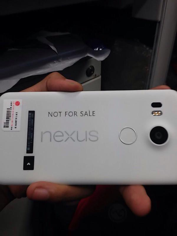 nexus-5-2015-real-photo-leak-mkbhd-1
